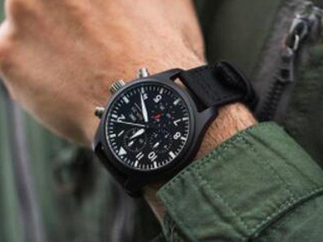 在不同场合如何选取一款适合佩戴的腕表?