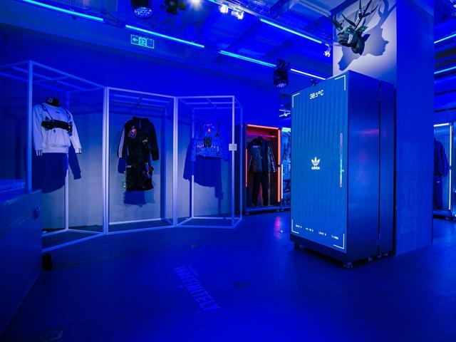 adidas Originals x 6 Space WSR极酷上演 展现未来冬日生存力