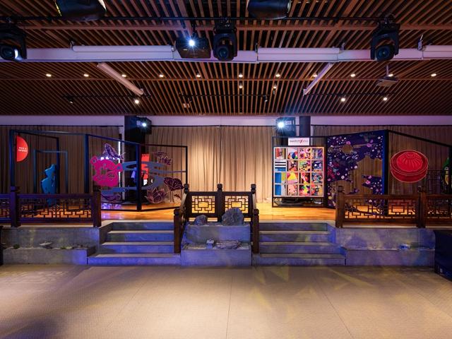斯沃琪上海豫园概念店精彩开幕,推出全新SWATCH X YOU设计