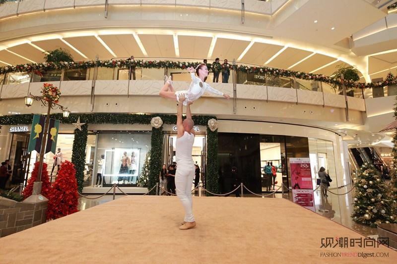 上海ifc商场 星级芭蕾平行杂技秀