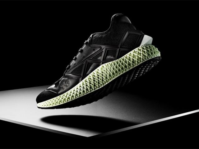 跨越经典,Y-3发布RUNNER 4D鞋履新品