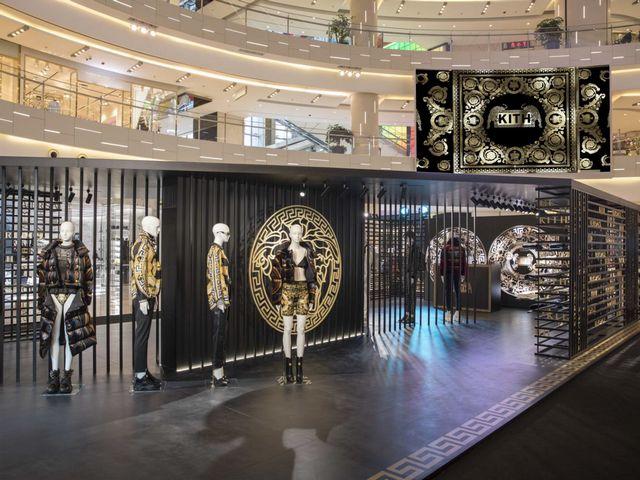 Kith 与 Versace 携手推出首个联乘系列 中国市场隆重上市