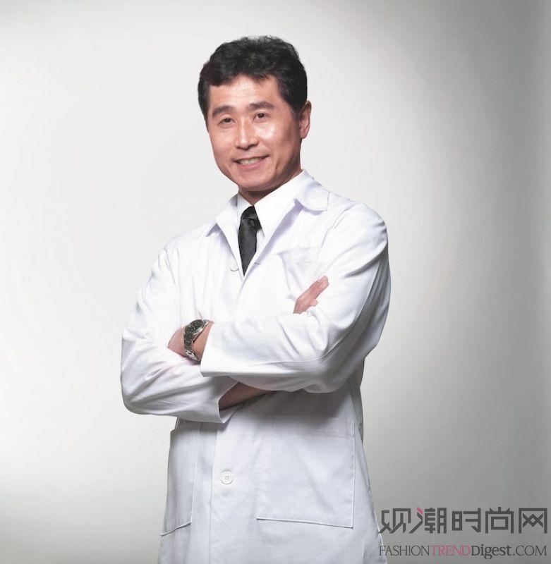 """天王刘德华变身""""明星制作人""""..."""