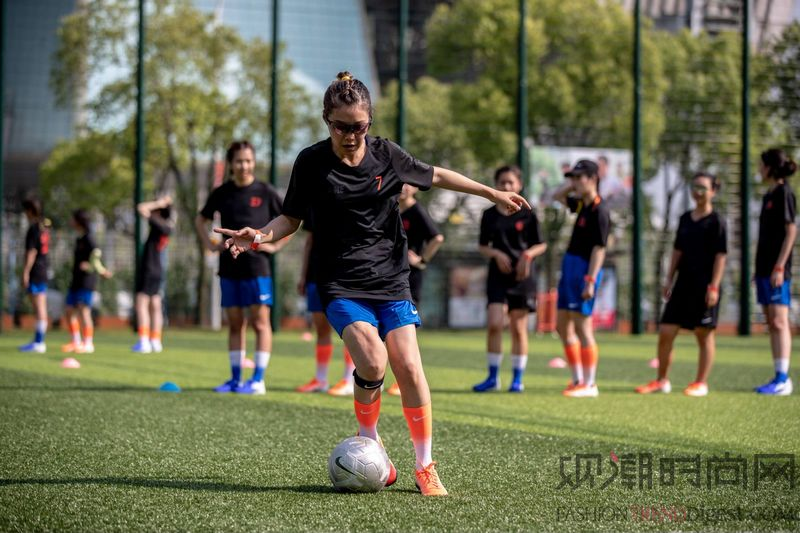 多元定义足球运动 为新生代女性致敬