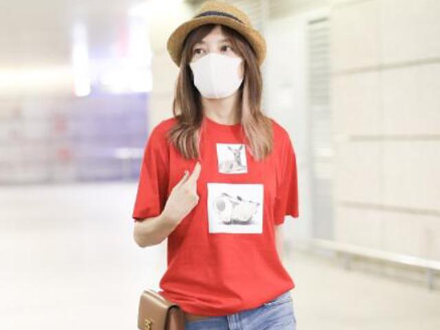 时尚当红小花的街拍,行走 的穿搭教科书
