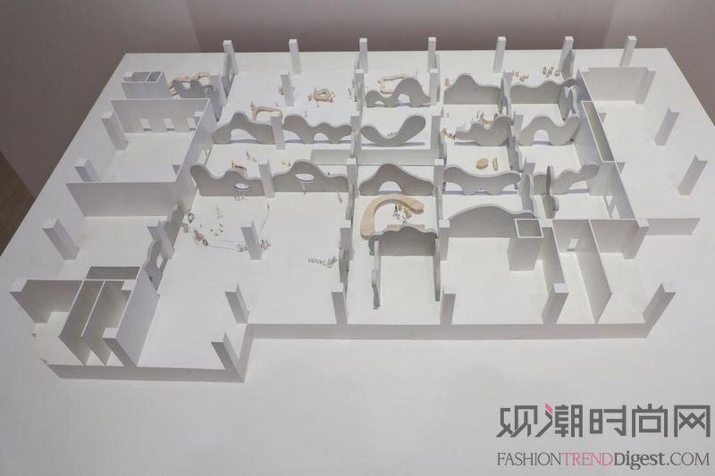 """""""石上纯也:自由建筑""""展览于..."""