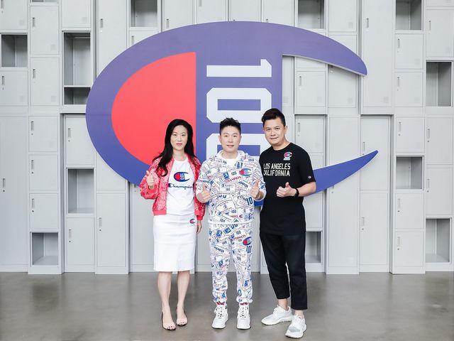 Champion于上海800秀举行百年庆典活动