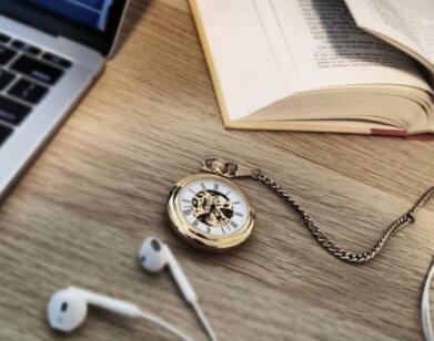 戴上鼠年腕表,开启一场全新的旅程