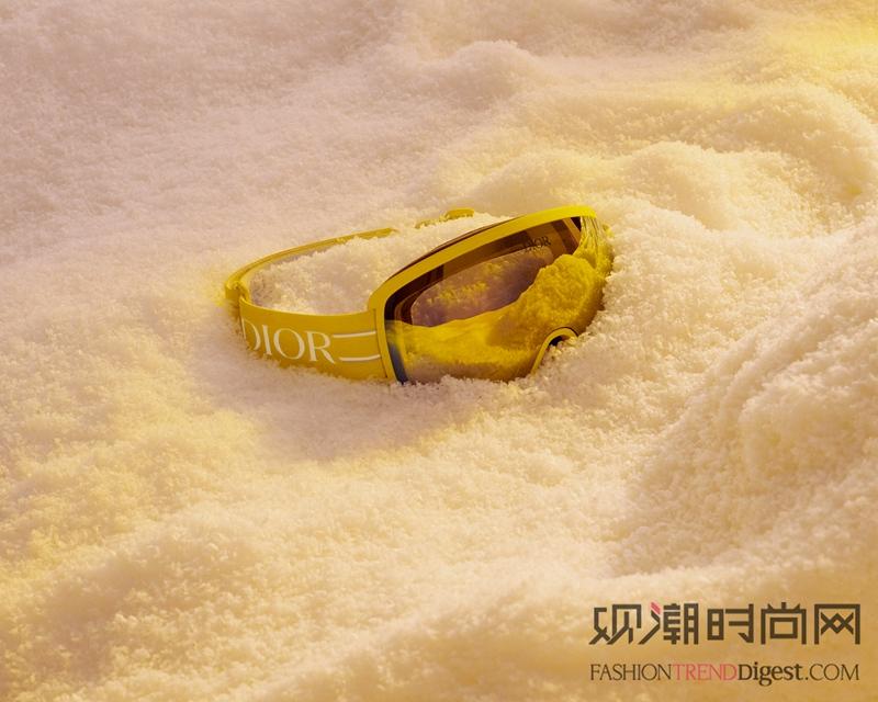 迪奥于上海恒隆广场揭幕男士滑...