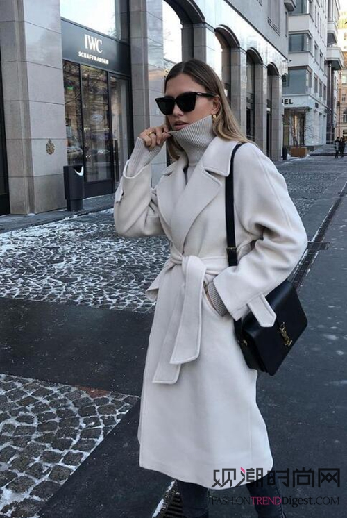 时髦精都爱这么穿!高领毛衣+外套