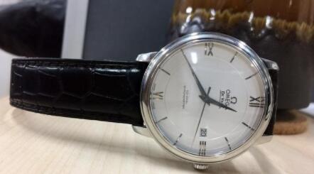 你人生中的第一款腕表是什么?