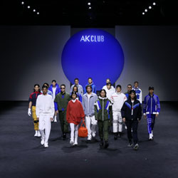 AKCLUB上海时装周2022春夏大秀:演绎A SPACE ODYSSEY空天启示录