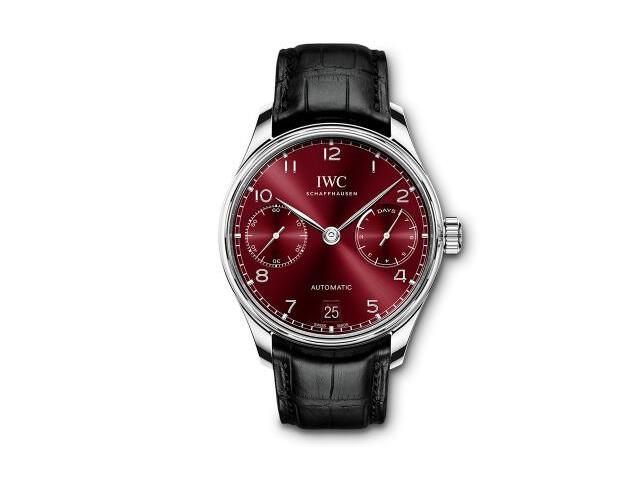 想低调都不行 三枚红色表盘腕表推荐