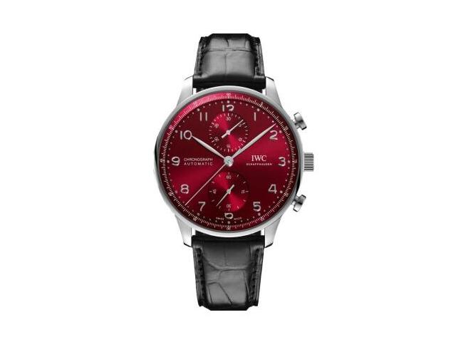 新年你最红!3款红色腕表推荐