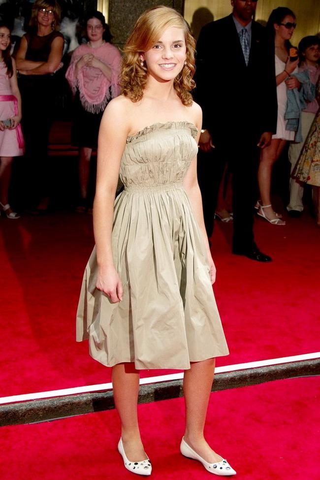 《哈利波特》女主角艾玛 沃特森的华丽蜕变 图片 观潮网 Fashion Trend Digest 观潮,观时尚潮流