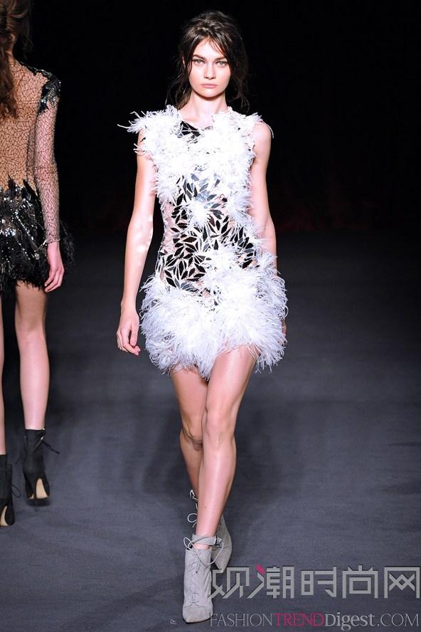 翅膀的欲望,时尚大牌的本季秋冬走秀单品图片